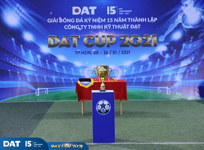 soi-dong-cuong-nhiet-cung-giai-bong-da-dat-cup-2021-h1